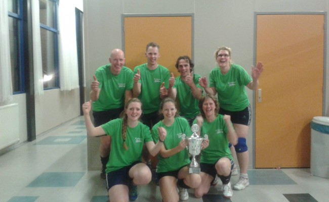 1e prijs met bedrijvenvolleybal toernooi!